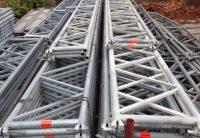 Poutre-U-occasion-Layher-echafaudage-aluminium-acier