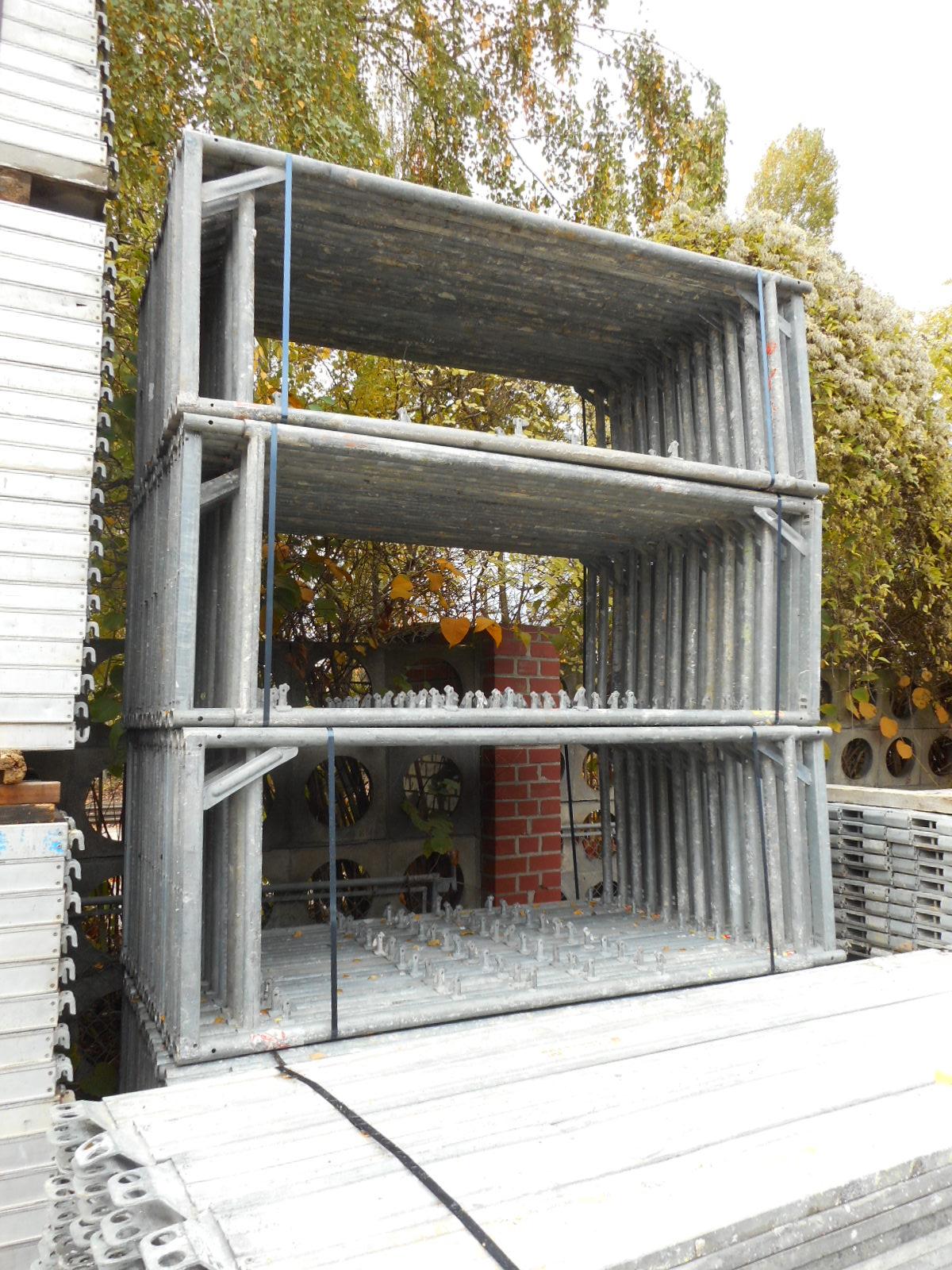 echafaudage d 39 occasion h nnebeck 800m echafaudage. Black Bedroom Furniture Sets. Home Design Ideas