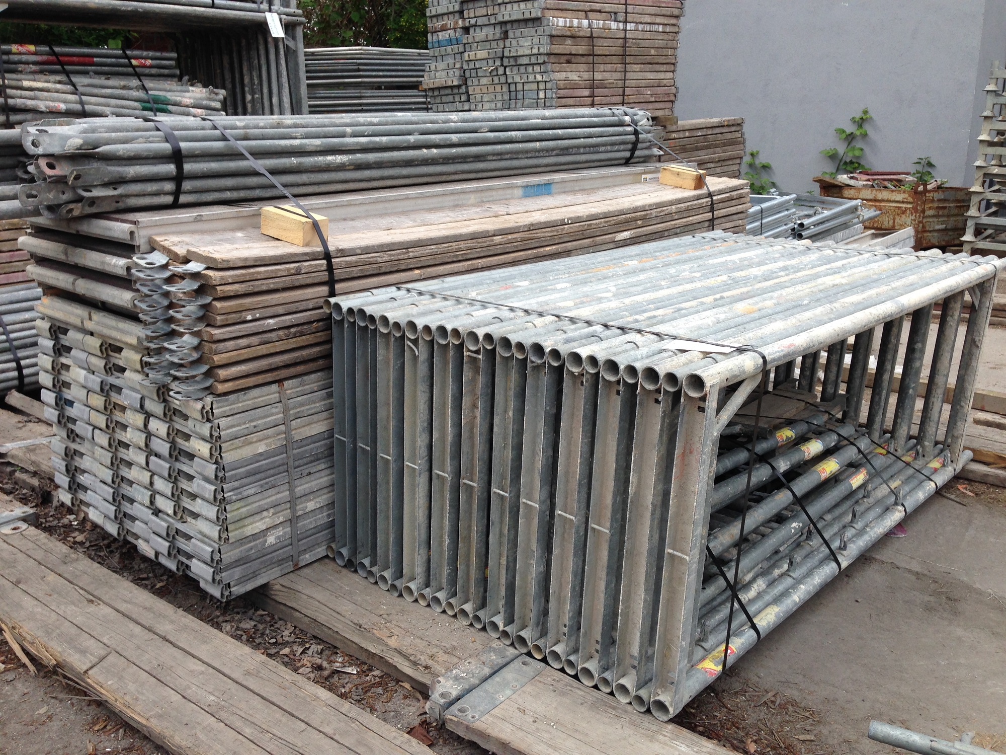 Lot chafaudage d 39 occasion complet 150m echafaudage - Echafaudage d occasion ...